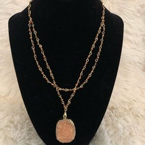 Jewelry - Orange and gold gem necklace